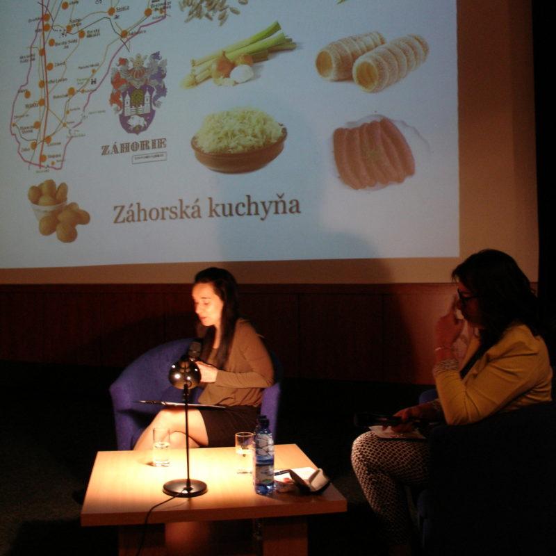 Mgr. Dita Csütörtökyová, PhD. - etnologička Záhorského múzea v Skailci. Foto: Peter Michalovič